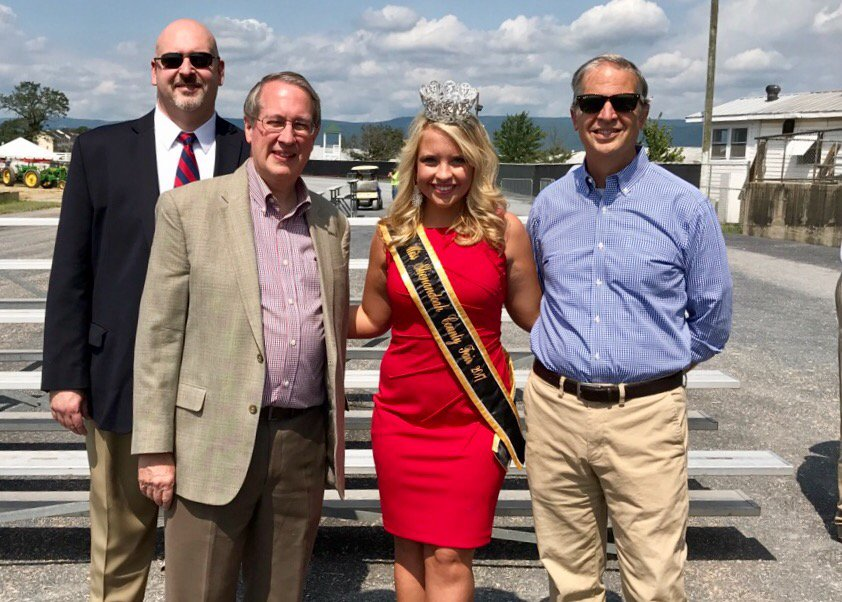 Miss Shen Cty Fair is an impressive young woman who wants a Navy career. @BobGoodlatte6 @cToddGilbert #ShenCoFair