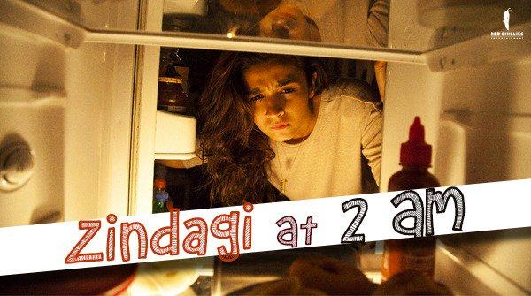 When food is your 2 am friend... 🤤😉 @aliaa08 #DearZindagi https://t.co/C2LtcWwGLF