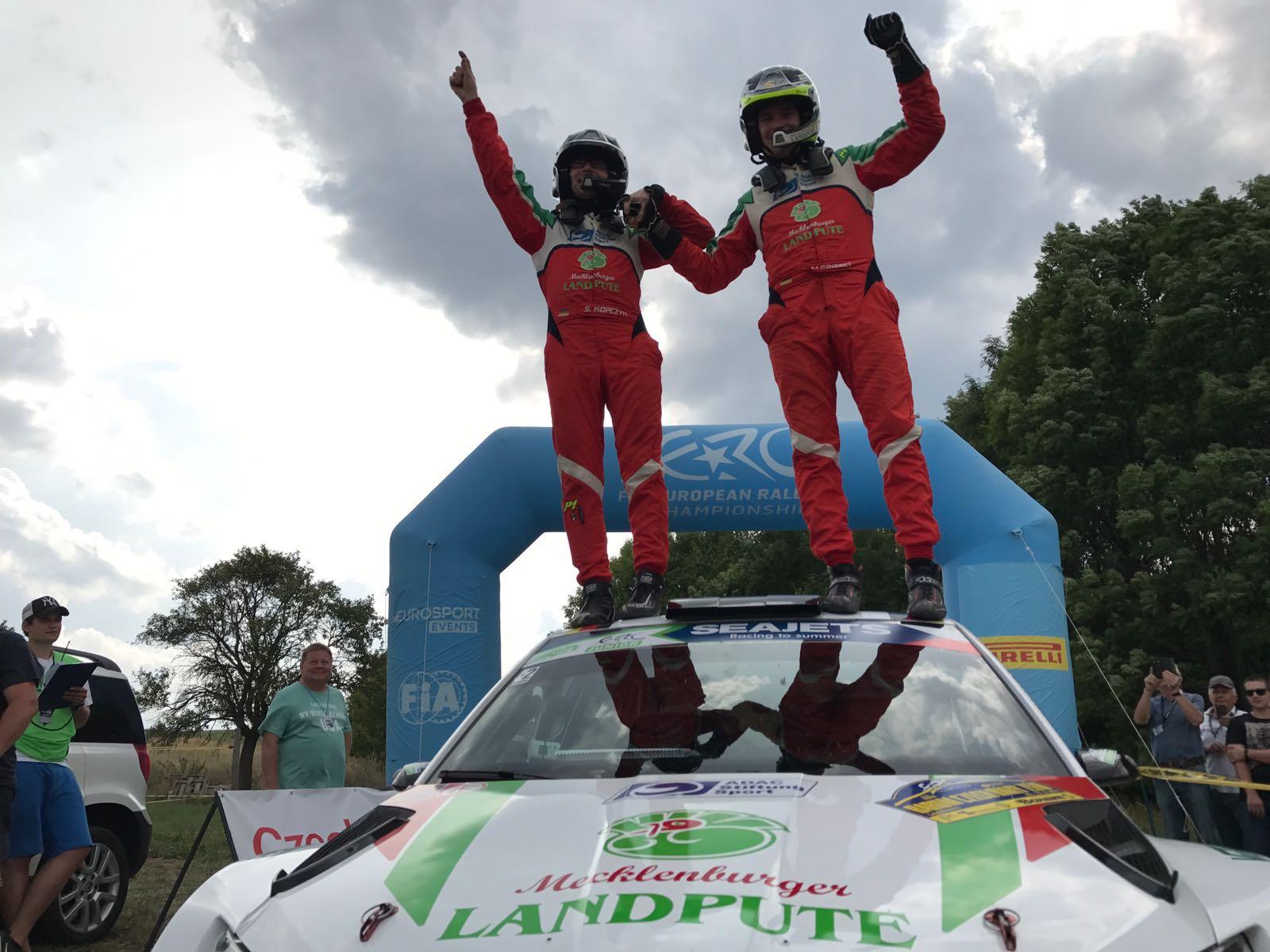 Rally Barum 2017 ERC - Página 3 DIPOod2XgAEikUW
