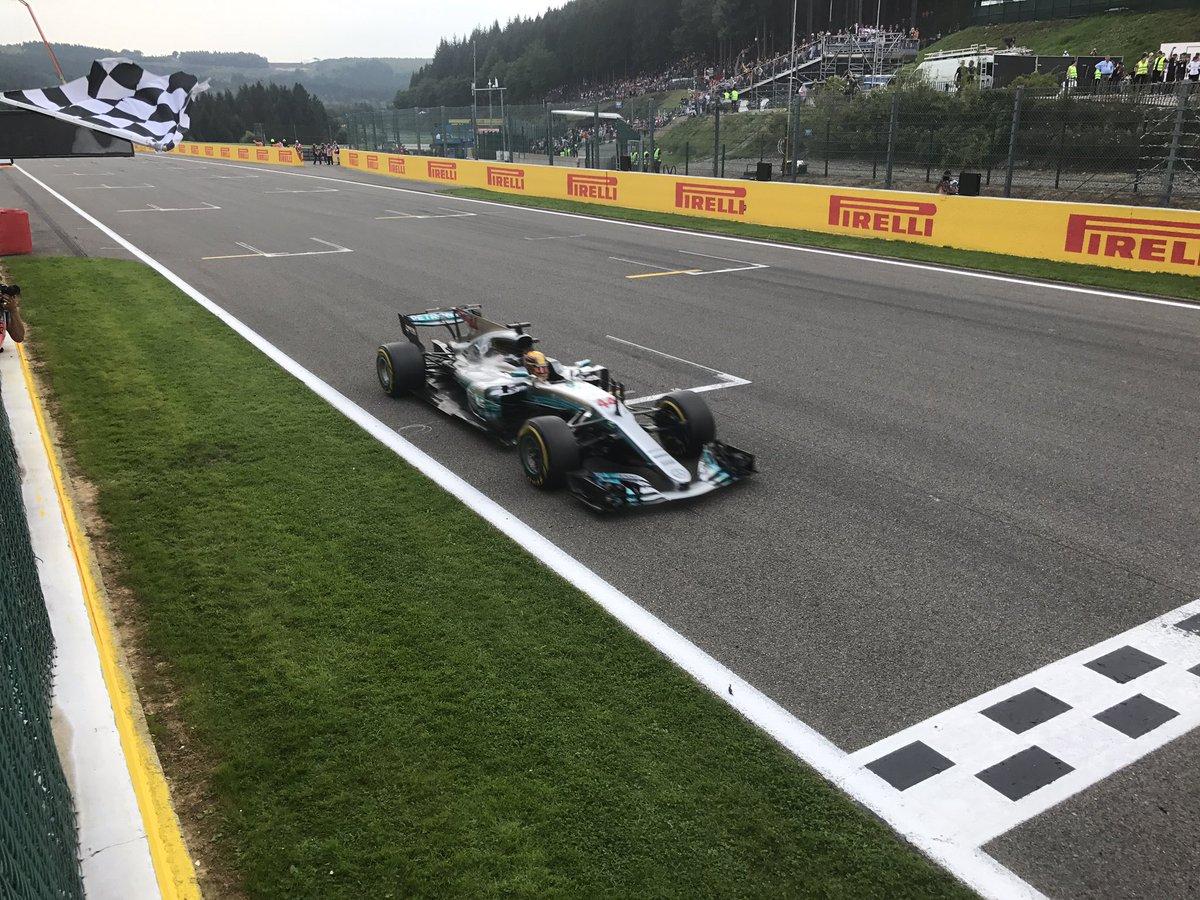 Formula 1: Hamilton vince il Gran premio del Belgio a Spa davanti a Vettel e Ricciardo | Motori