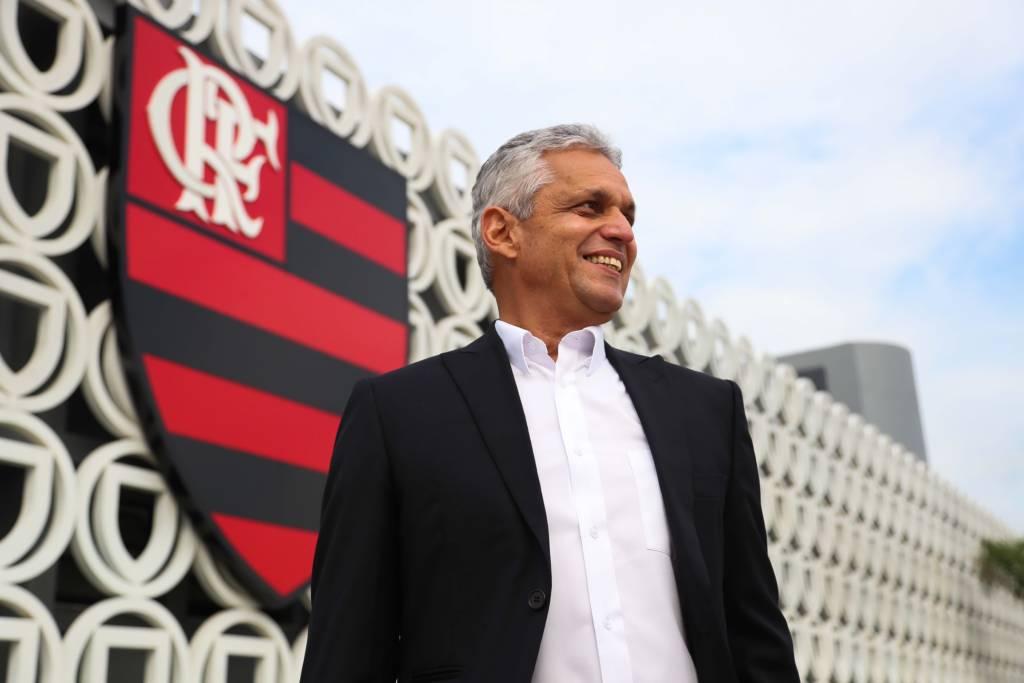 Reinaldo Rueda no Flamengo  4 jogos 3 vitórias 1 empate 0 gols sofridos