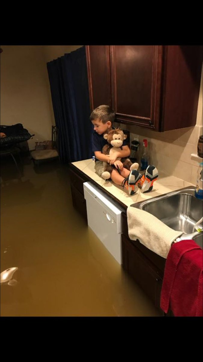 .@GalvCoTX Family needs help at 1510 Pinecrest, Dickinson, TX.