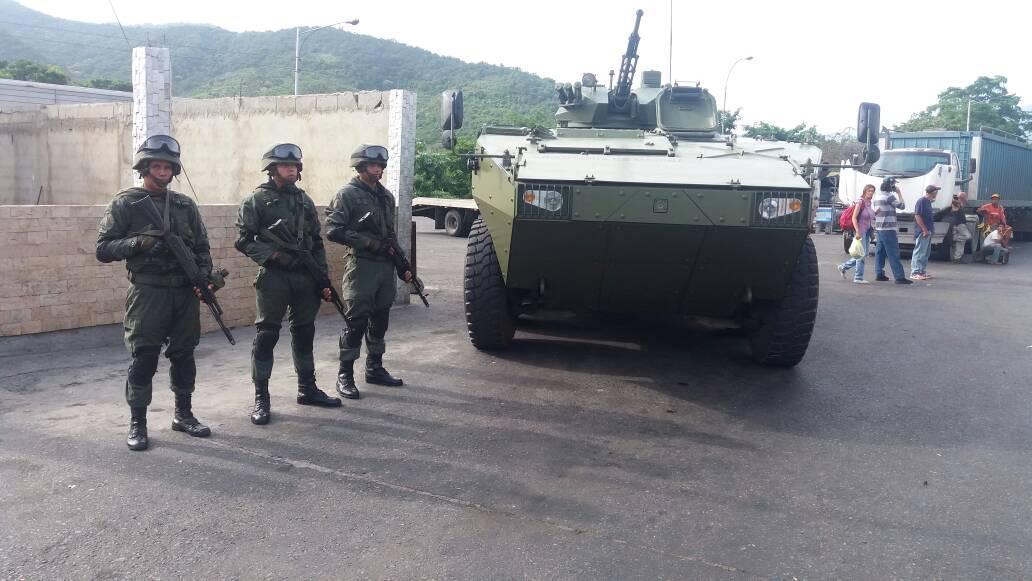 Armed Forces of Venezuela Photos - Page 5 DIQIRD0XkAAZRk1