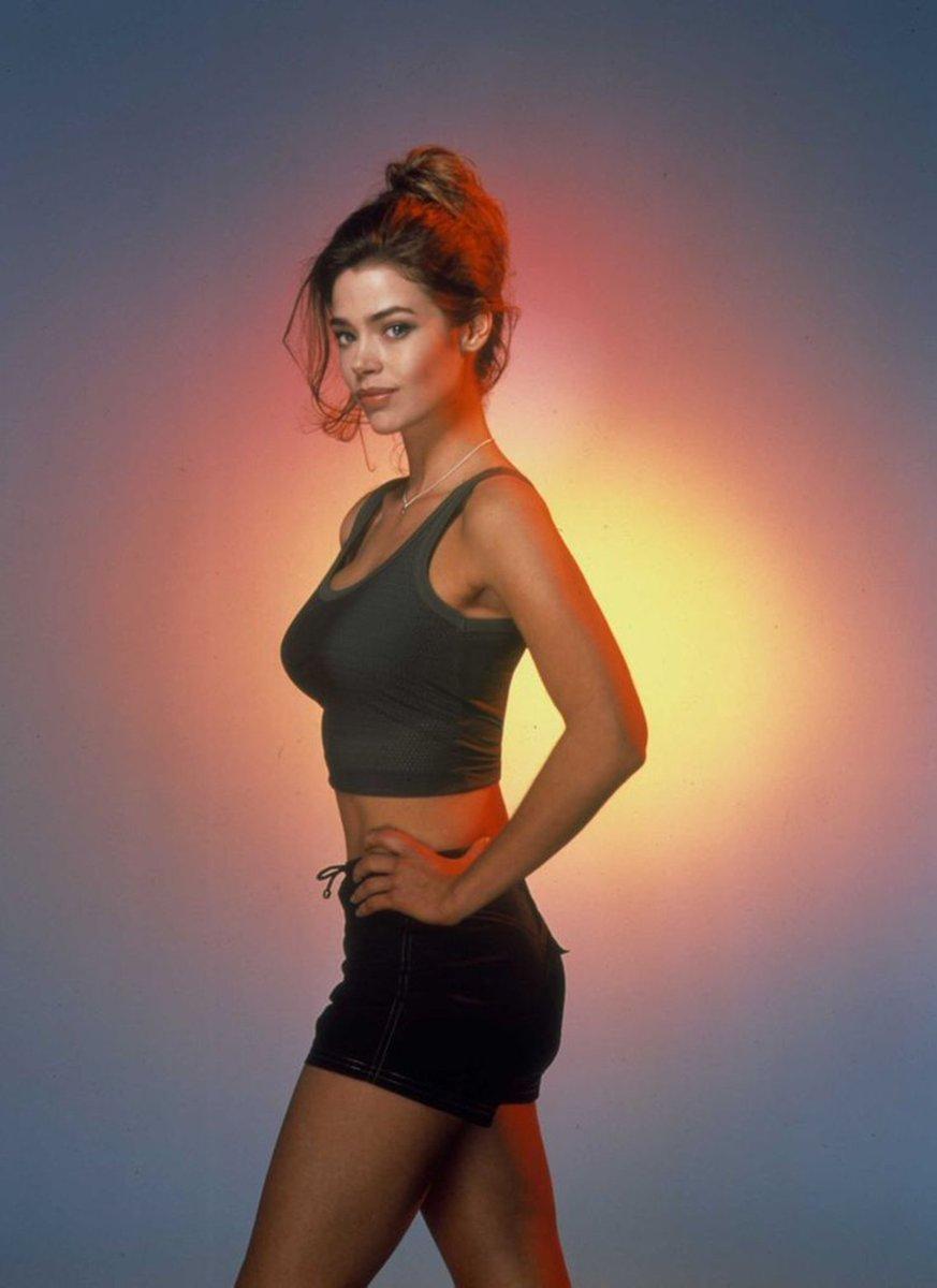 Thunderballs On Twitter A Promotional Shot Of Denise