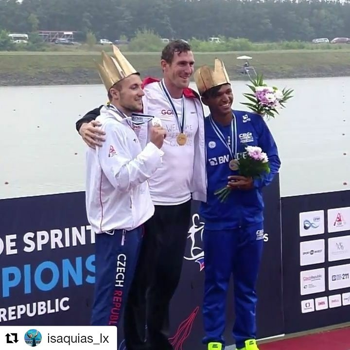 Final de semana de muitas emoções para Isaquias Queiroz! Nasceu seu 1° filho, Sebastian, e levou o bronze da categoria C1 1000m no Mundial.