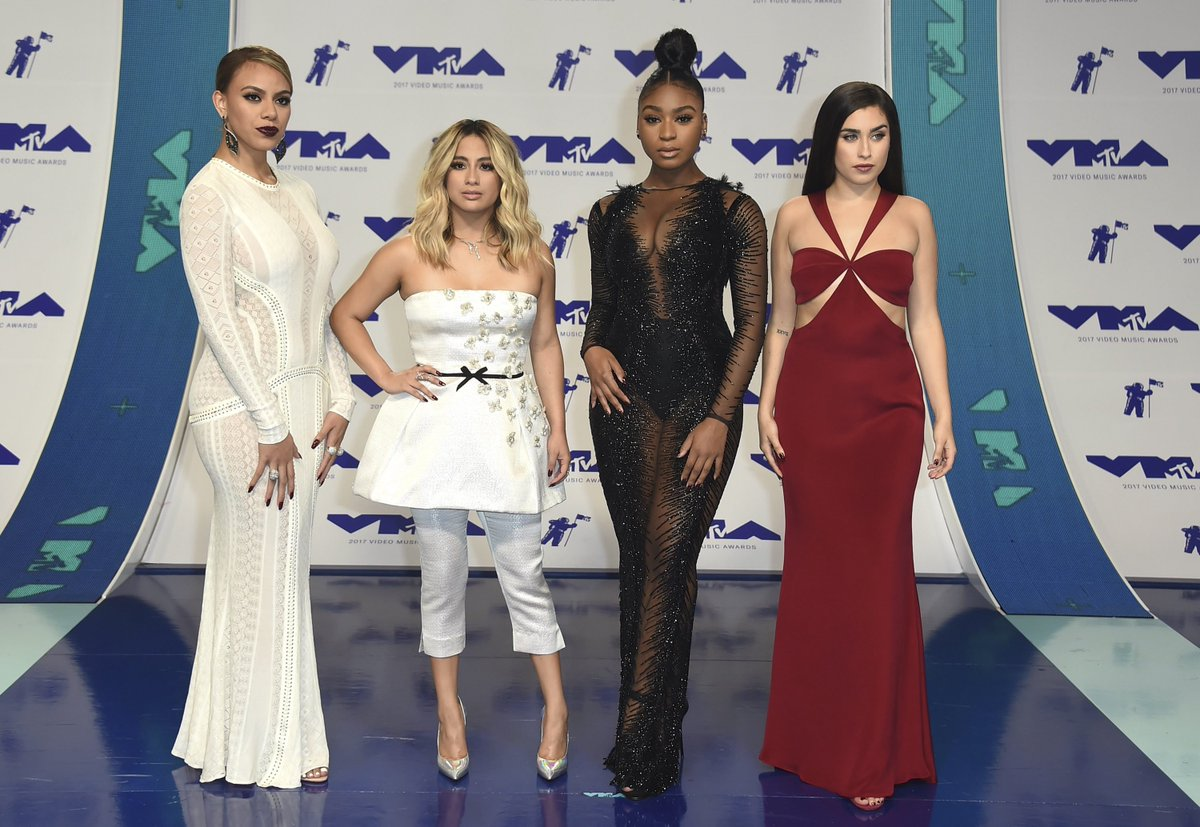 .@FifthHarmony & @gucci1017's #Down picks up the award BEST POP VIDEO at the #VMAs!