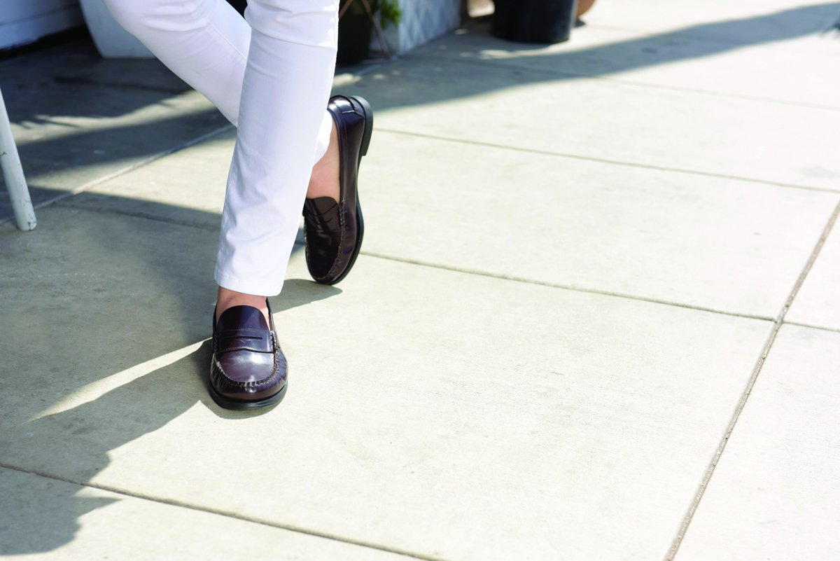 Sebago ile haftaya klasik bir başlangıç yapmaya ne dersin? #sebago #sebagoshoes #shoesaddict #shoeslove #monday #elegant #elegancy  #chich https://t.co/qJzJVUqKjt