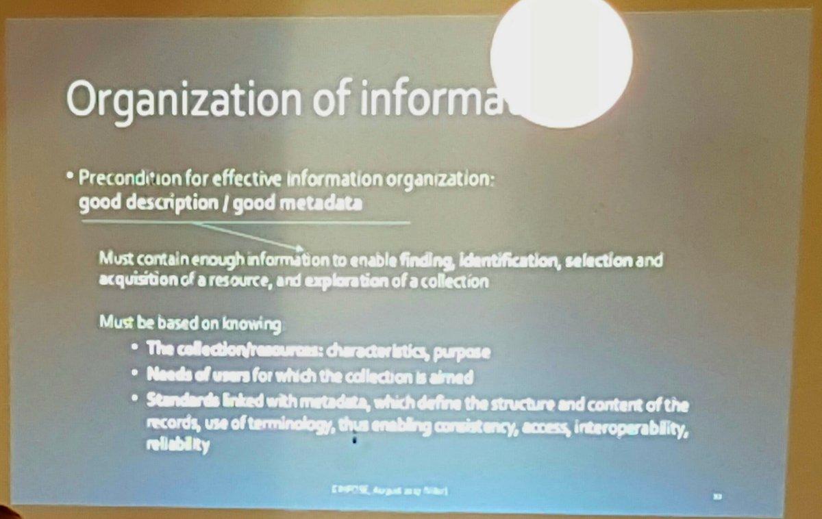 How to #organize the #information #libraryandinformationscience #ESSIS #EINFOSE #summerschool #Katlenburg #cataloguing #metadata<br>http://pic.twitter.com/0GsDYylpzJ