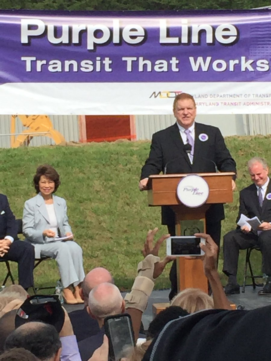 .@MDOTNews Sec.Rahn welcomes @LarryHogan & USDOT Sec. Chao to Purple Line groundbreaking. https://t.co/bATdpcFt3E https://t.co/pRcY15F1sF