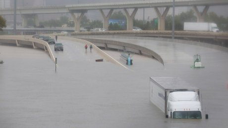 Hurricane Harvey could wallop the economy too, and not just oil and gas https://t.co/bjS65incYD https://t.co/qakaXji58Y