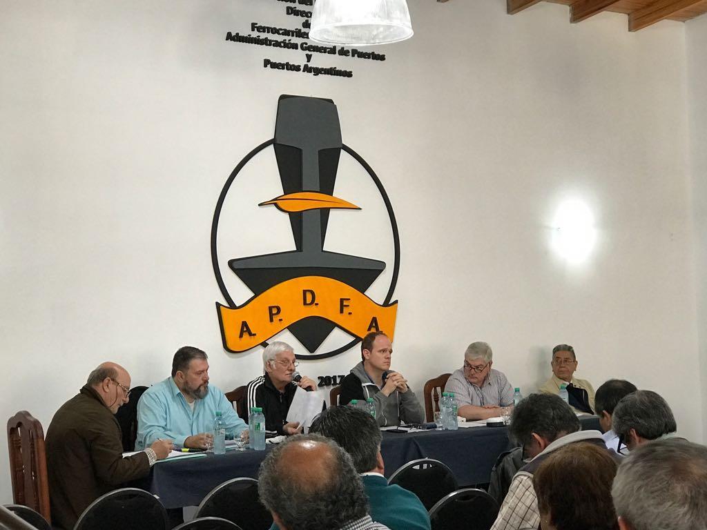 Nueva denuncia de los gremios por maniobras en el Puerto Buenos Aires
