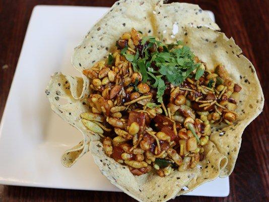 Bhelpuri: A popular Indian street #food #recipe from Masala Art https://t.co/faAI9YxsNw https://t.co/fyKVX51Zpd RT… https://t.co/IiUIlHiMfu