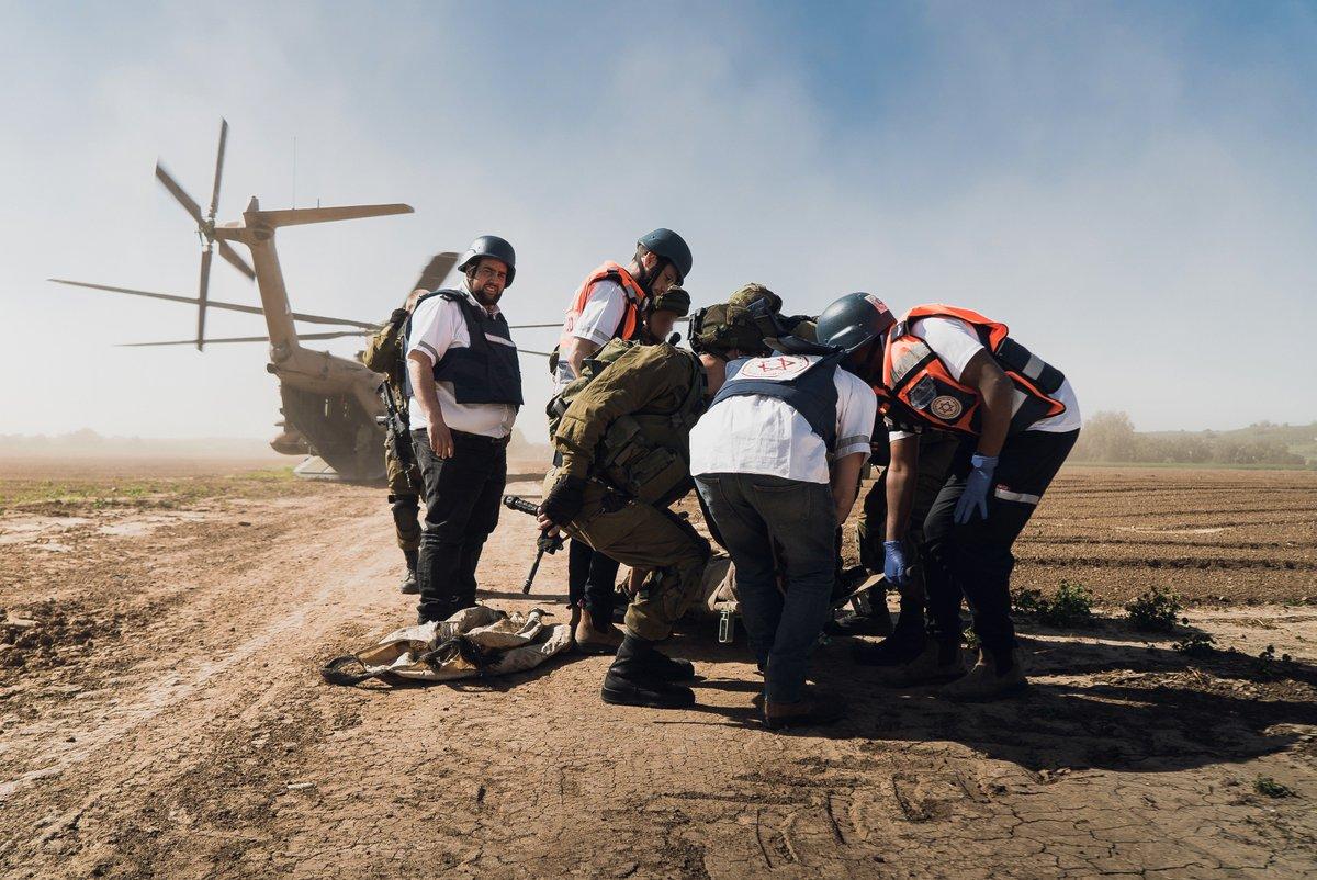 لمحة نادرة إلى وحدة النخبة 669......وحده الانقاذ القتاليه في سلاح الجو الاسرائيلي  DIVXQxEWsAALPRL