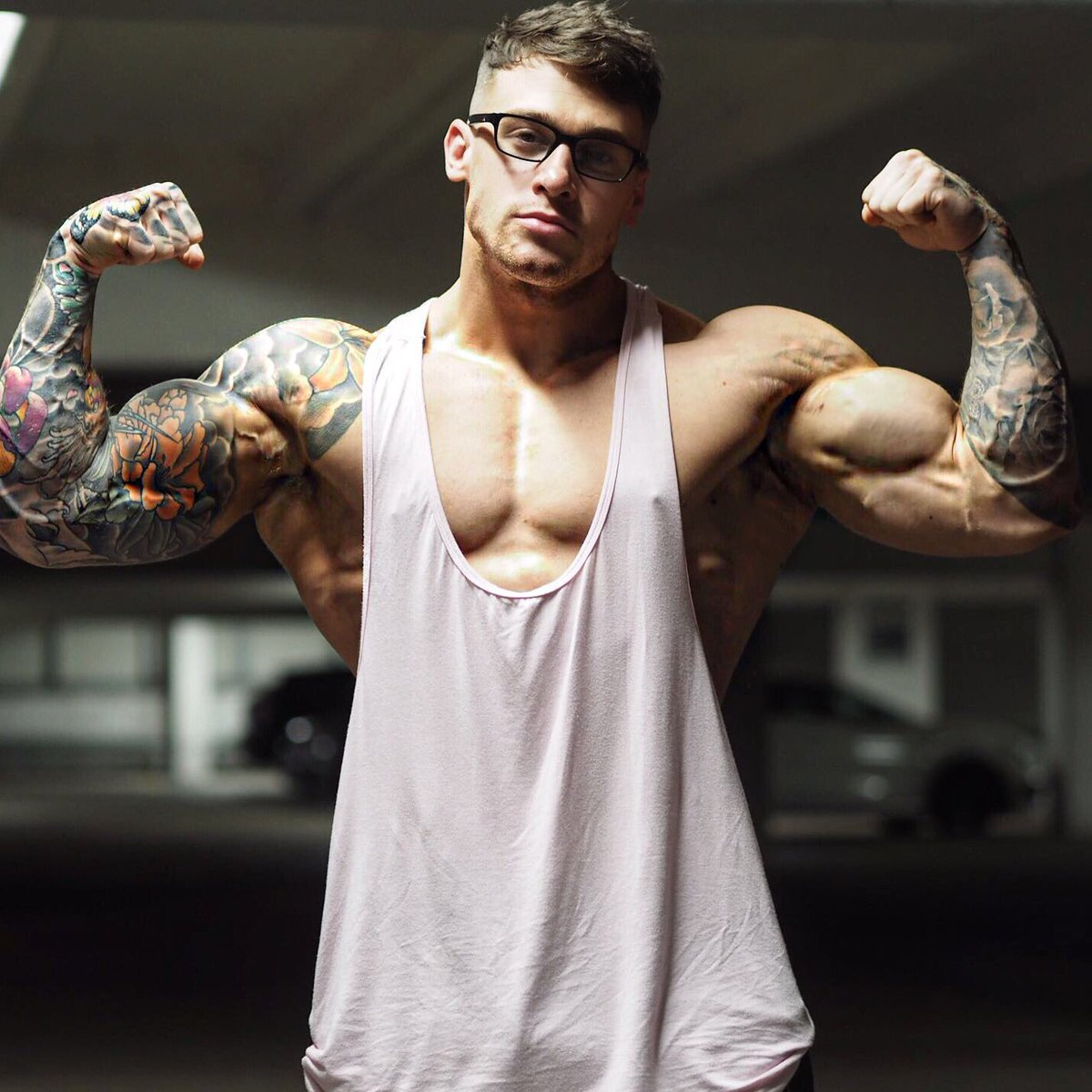 Татуировки на бицепсе в картинках