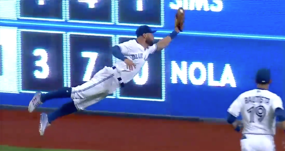 Blue Jays' Kevin Pillar goes all out for the one of the top catches of the year ��  ��: https://t.co/B96MLPSmxR https://t.co/gcPepLwQCT