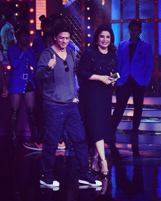 The best surprises come to u when you re not looking.. @iamsrk thanks for energising our set of #LipSingBattle .. ♥️ https://t.co/ylKTWAxUmz