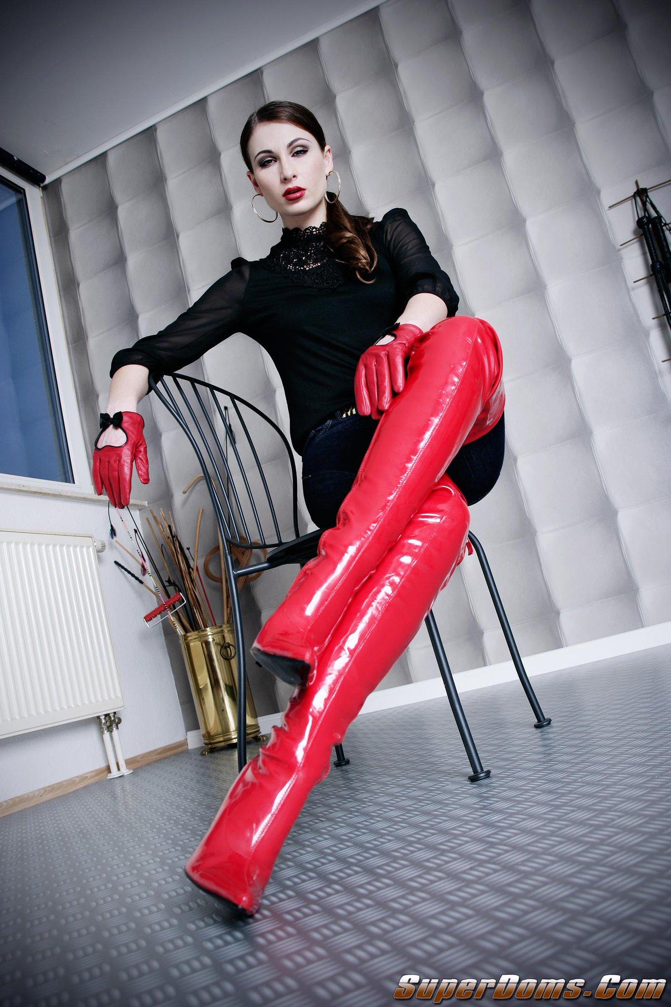 femdomfoto.de on Twitter: new wonderful pov images of