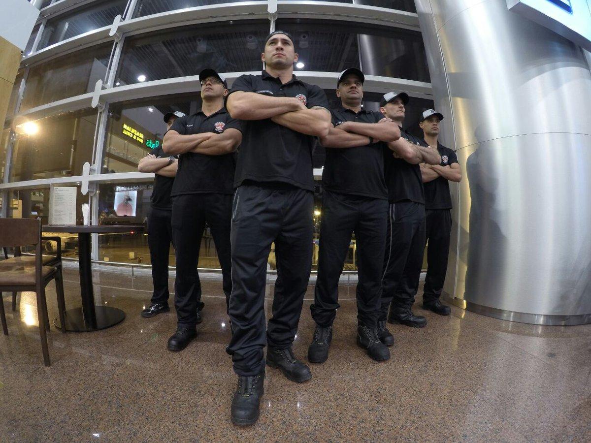 A equipe da ESB com o Cap Leandro, Sgt Guerra, Sgt Matheus, Sgt Flavio e Sgt Rodrigo estão na Romênia, competindo no #WorldRescueChallenge