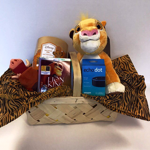 Follow me & Retweet to win this #TheLionKing Prize Pack! New Blu-ray is out today! Includes #EchoDot & toys! #WCCB https://t.co/PbXQK3l4Rc