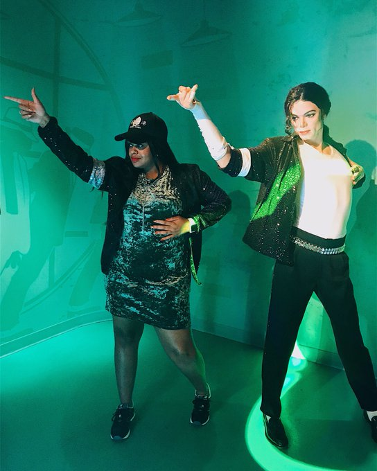 I\m a HUGE Michael Jackson fan! I call him Uncle Mike. Happy Birthday!!!