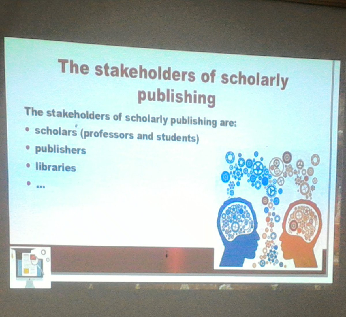 #essi #einfose @SimonaTurbanti starts talking about Scholarly Publishing #libraryinformationscience<br>http://pic.twitter.com/yex4kXpPzS