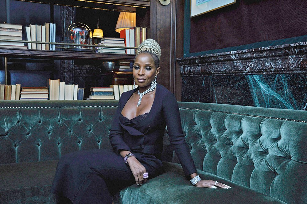 RT @Variety: How @maryjblige's painful divorce helped shape her role in 'Mudbound' https://t.co/LPjTeCLYsO https://t.co/eTY6To7Q5C
