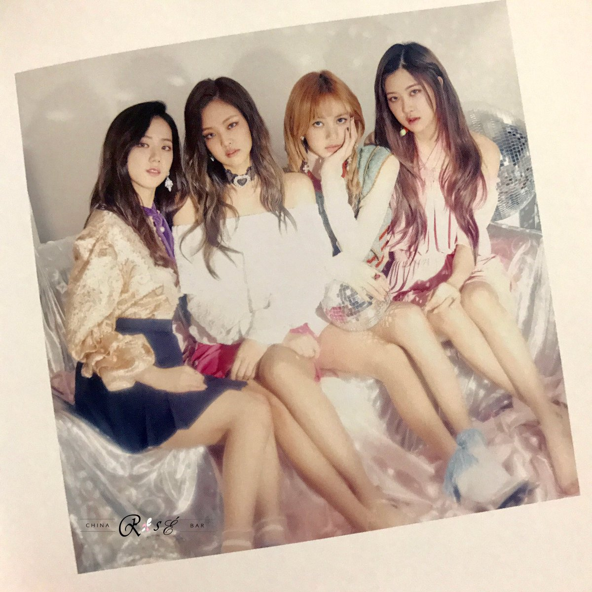 "🌹 rosÉ_bar🌹 on twitter: ""(scan) blackpink japan debut mini album"