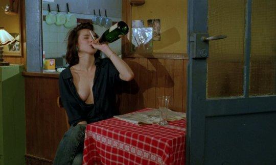 film / Betty Blue  http://unutulmazfilmler.co/betty-blue-372-le-matin.html/…