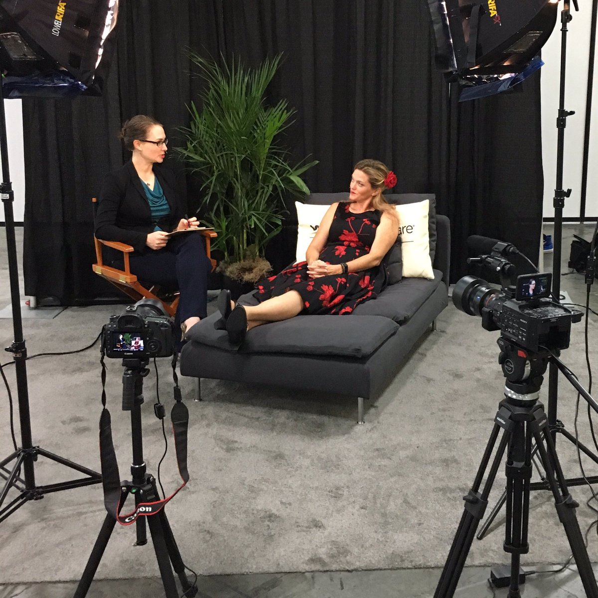 Special thanks to @SolutionGeek for being patient zero on #TechConfessions. 2nd floor VMplace for your turn! #VMworld<br>http://pic.twitter.com/1gJiXZq5rI