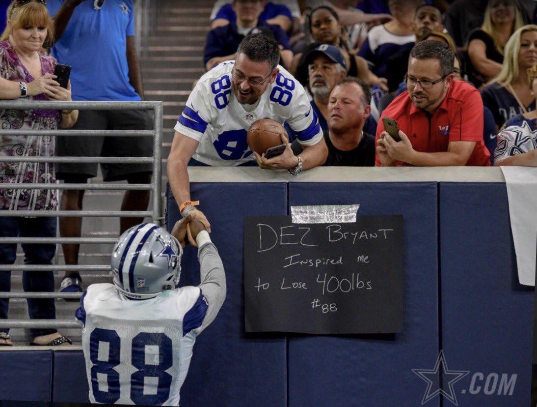 Dez Bryant Rewards Cowboys Fan With Game Worn Gloves After