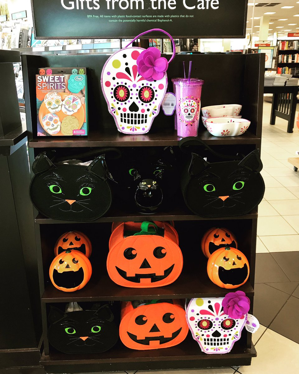 Barnes Noble On Twitter 62 More Days Till Halloween