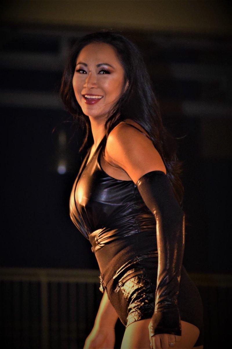 """Gail Kim Hot Images gail kim-irvine on twitter: """"vote for @velvelholler for"""