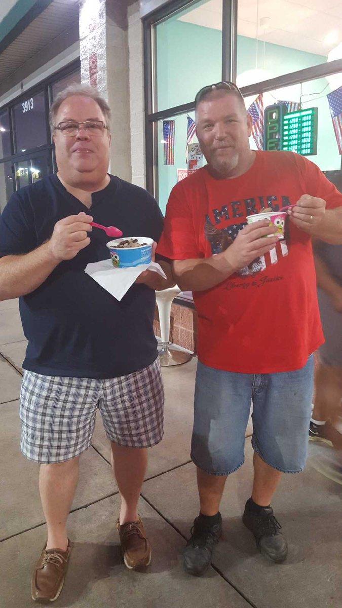 sharing some frozen yogurt with fellow @SSES Board member Hugh Bennett at sweet Frog tonight