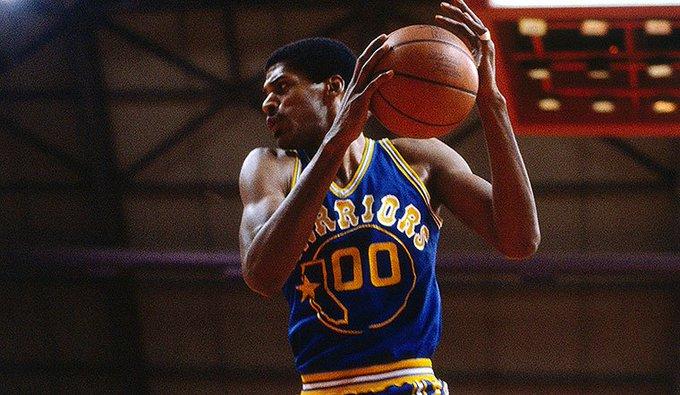 Happy Birthday to the 9x NBA All-Star and 4x NBA champion, Hall of Famer Robert Parish.