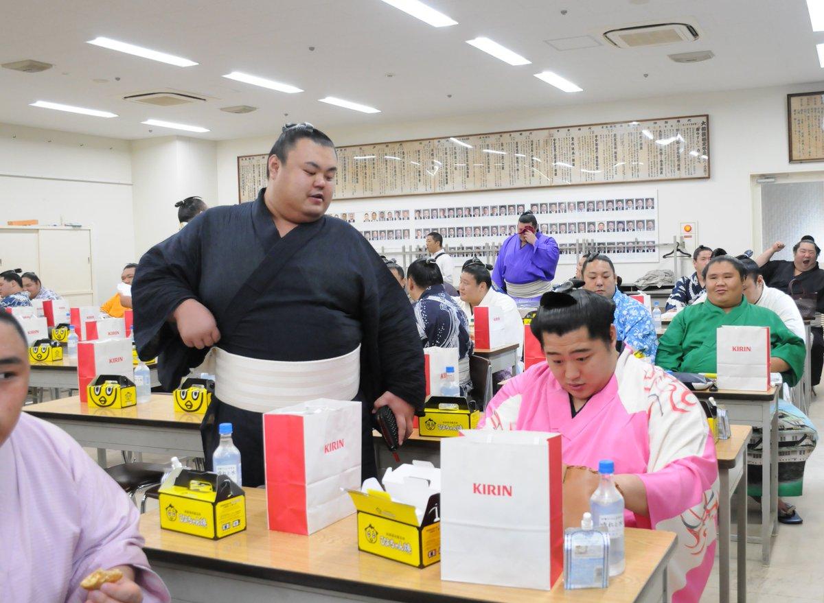 """日本相撲協会公式 en Twitter: """"<力士会>今月29日に行われた、力士 ..."""