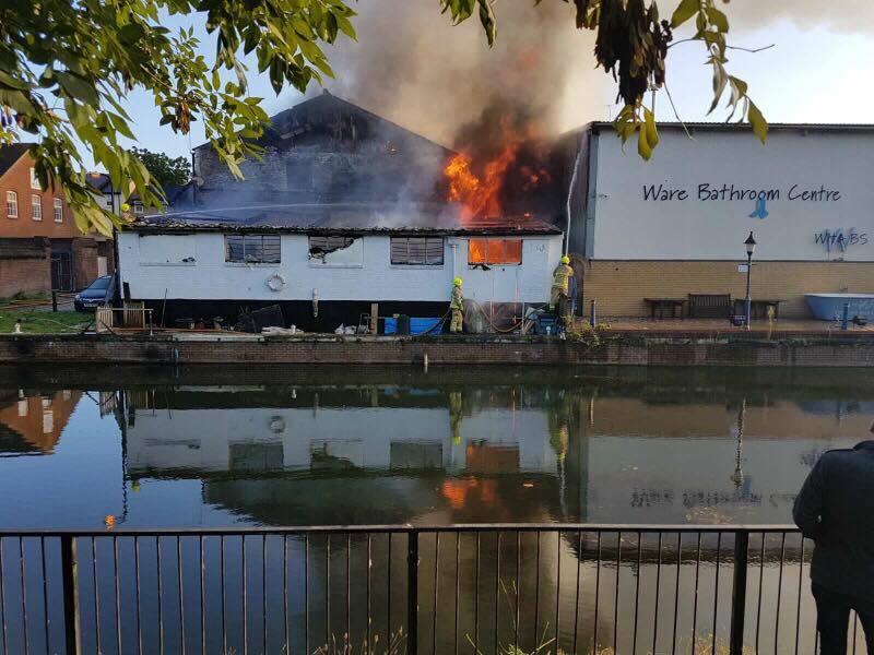 Firefighters tackle large Fire at warehouse in Ware