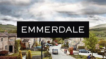 Popular Emmerdale star returns to work https://t.co/q70PnJpEhR https://t.co/K35hgJvbX6