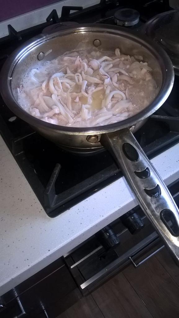 Кальмары консервированные рецепты