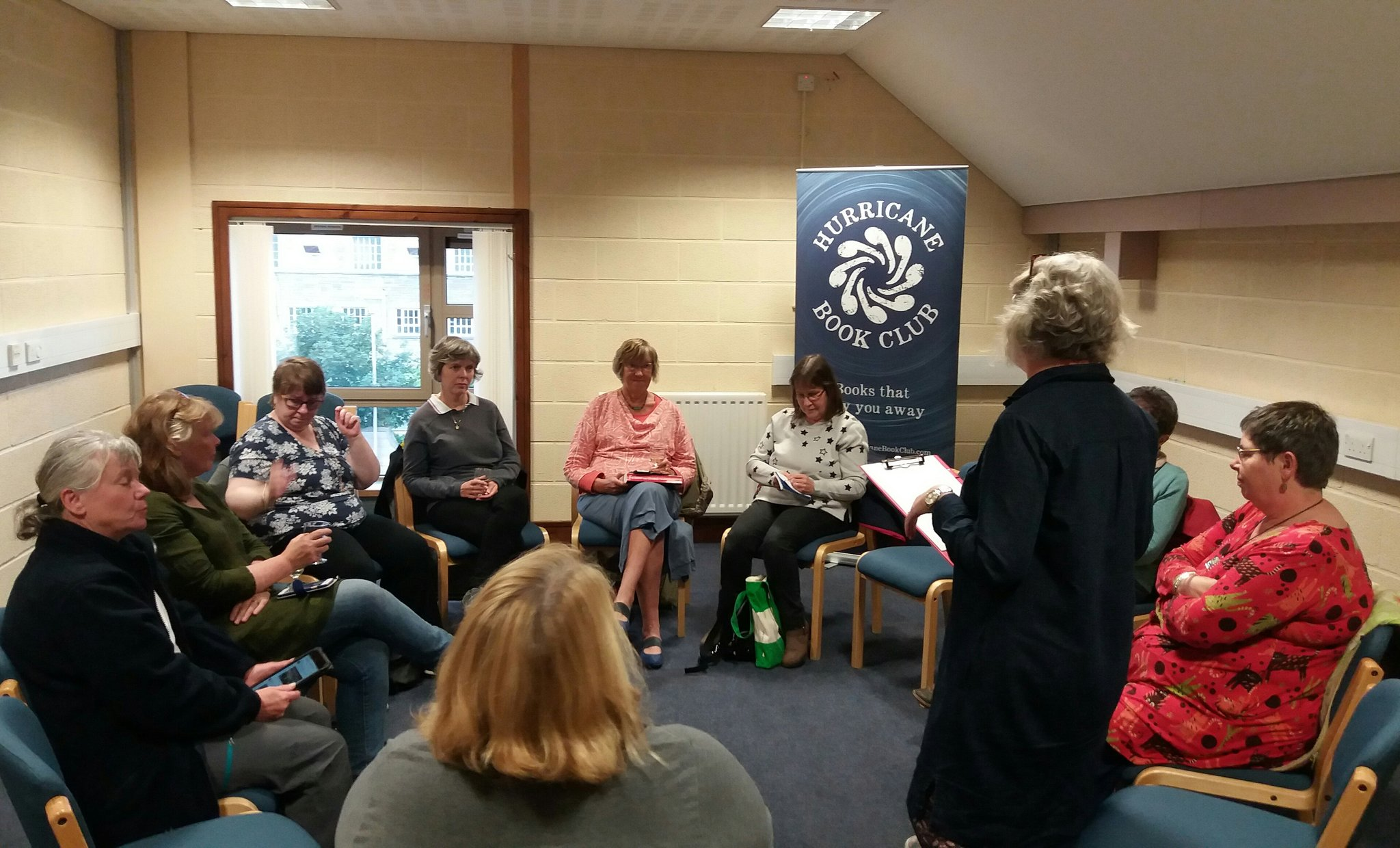 In #Orkney we're all ready to get started at #hurricanebookclub discussing Follow the Dead by @Lin_Anderson! https://t.co/sSkpSGzix3