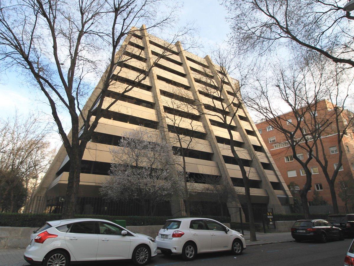 un paseo por el madrid ms ubrutalu cinco icnicos edificios de hormign via idealista brutalismo