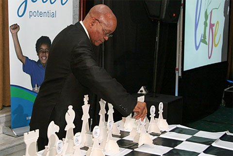 You and #MWC #WhiteOwnedMedia #OppositionParties &amp; #702Blacks are stressed  not this  guy #ZumaQandA<br>http://pic.twitter.com/tb5kRrNcma
