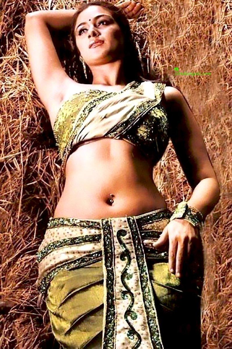 Indian teen short skirt upskirt