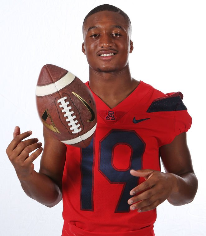 They're Young: Arizona Wildcats safeties Scottie and Troy ready for college debuts https://t.co/Wixg36Jhun