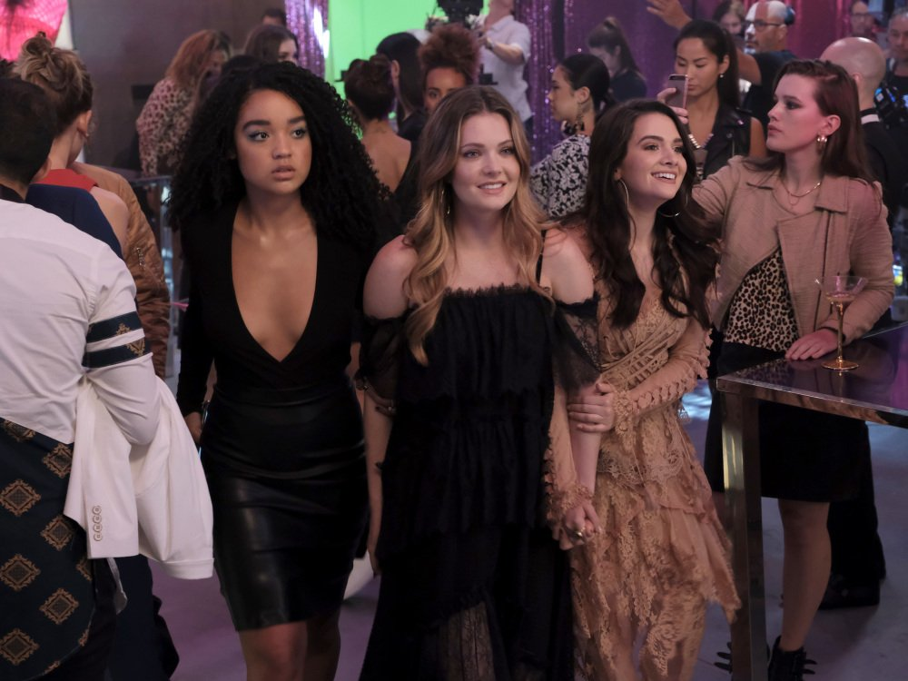 Why Freeform Needs to Renew 'The Bold Type' https://t.co/p49pqLV21I https://t.co/NXUXpGy5im
