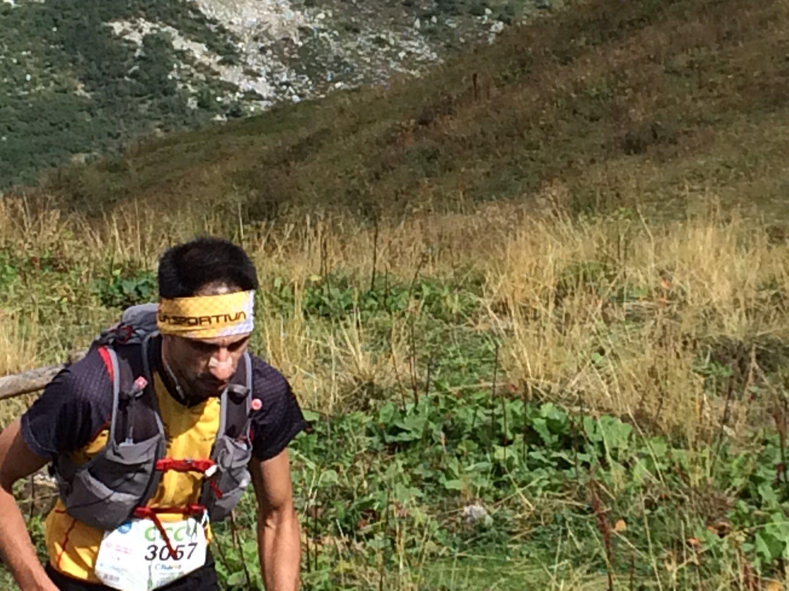 Ο Χάρης Καλαμπούκας στο Bonatti στο 22ο χλμ του αγώνα | Photo: iRunFar