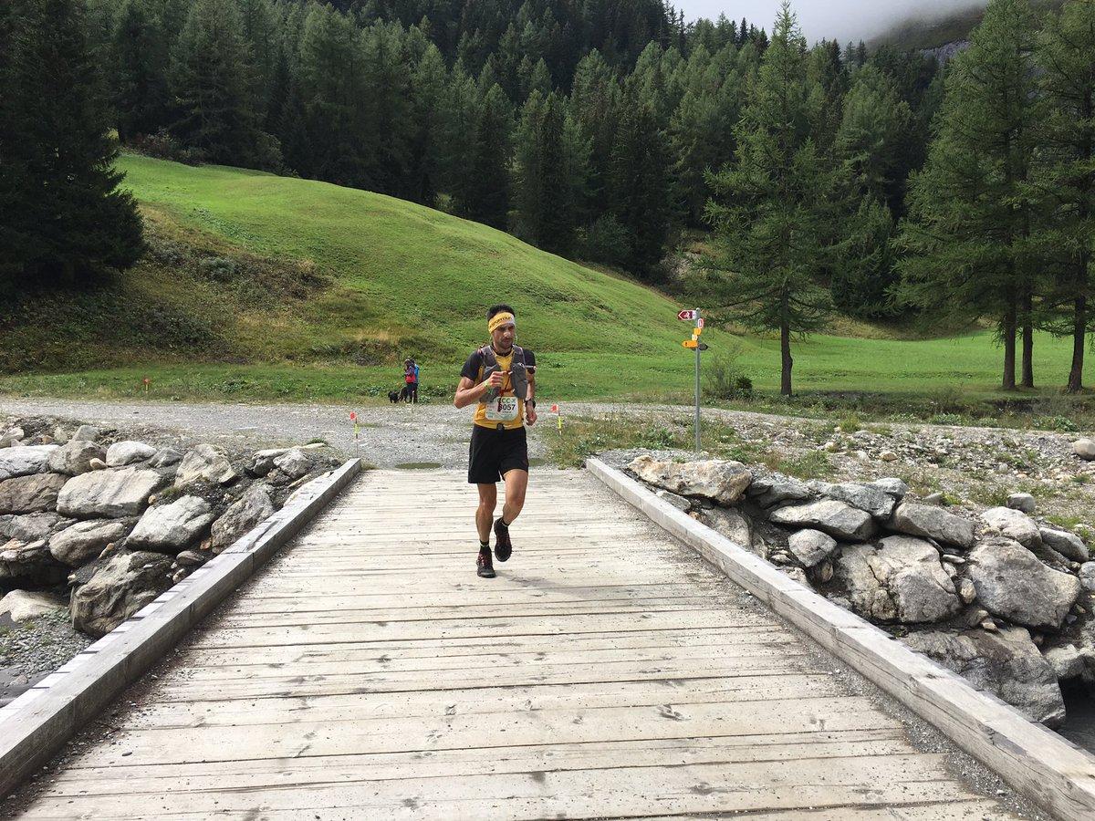 Ο Χάρης Καλαμπούκας στο 42ο χλμ | Φωτό iRunFar