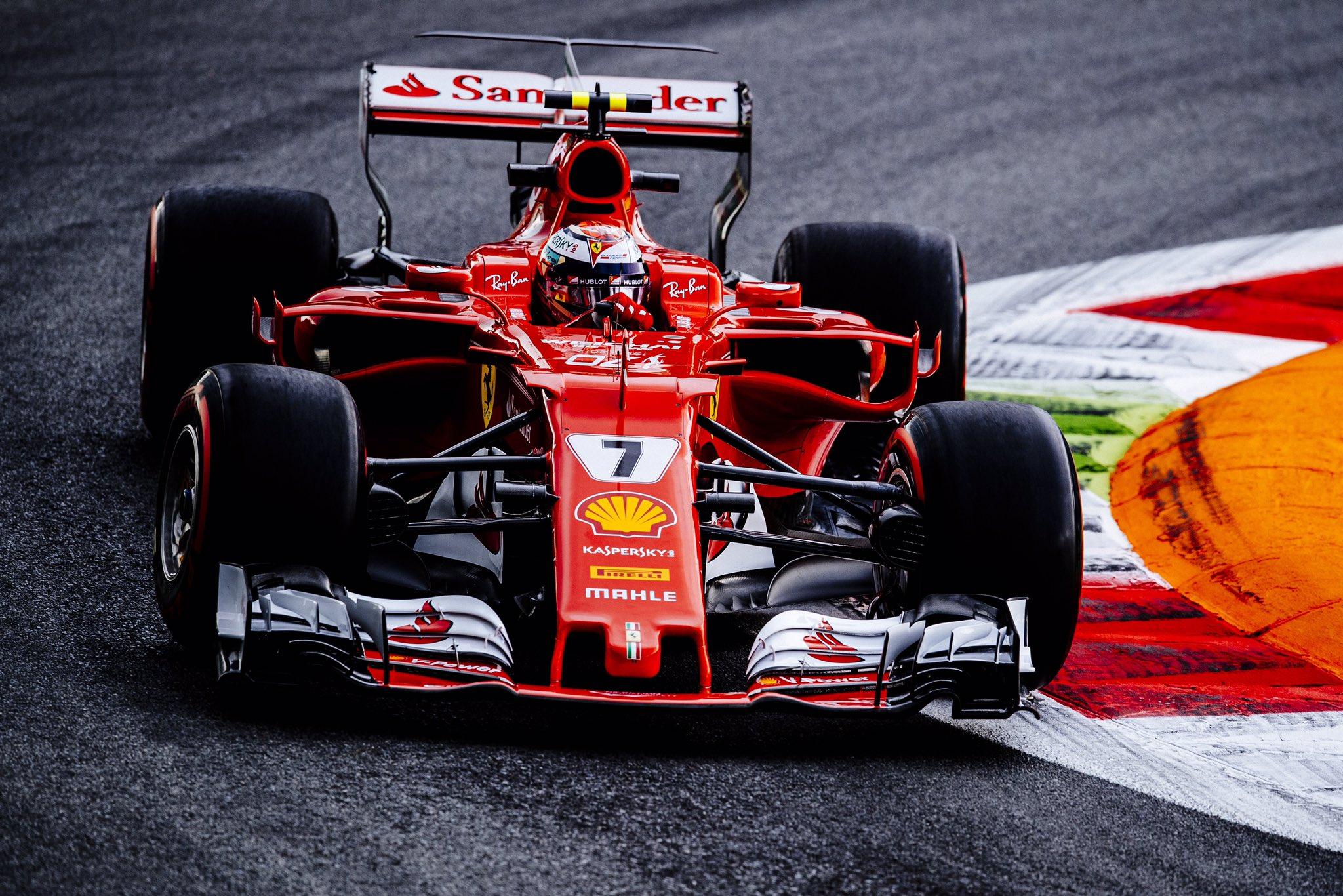 Olasz Nagydíj: Bottas nyerte a második szabadedzést Hamilton előtt