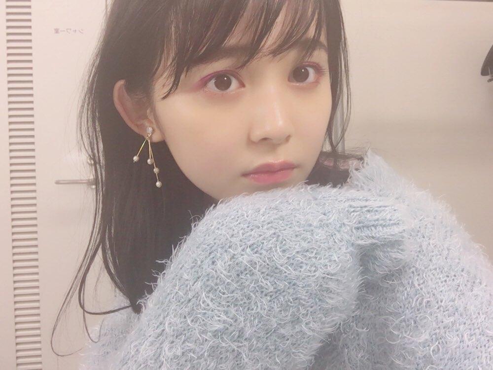 久間田琳加の萌え袖画像