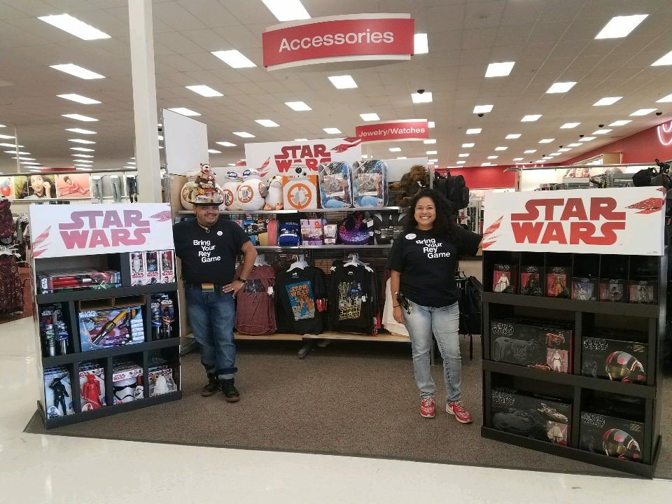We are getting our Rey Game on today at the League City Target! #T2320ModelStore #D303 #G392 #Targetnews #Starwars<br>http://pic.twitter.com/ZPwbXaZRjj