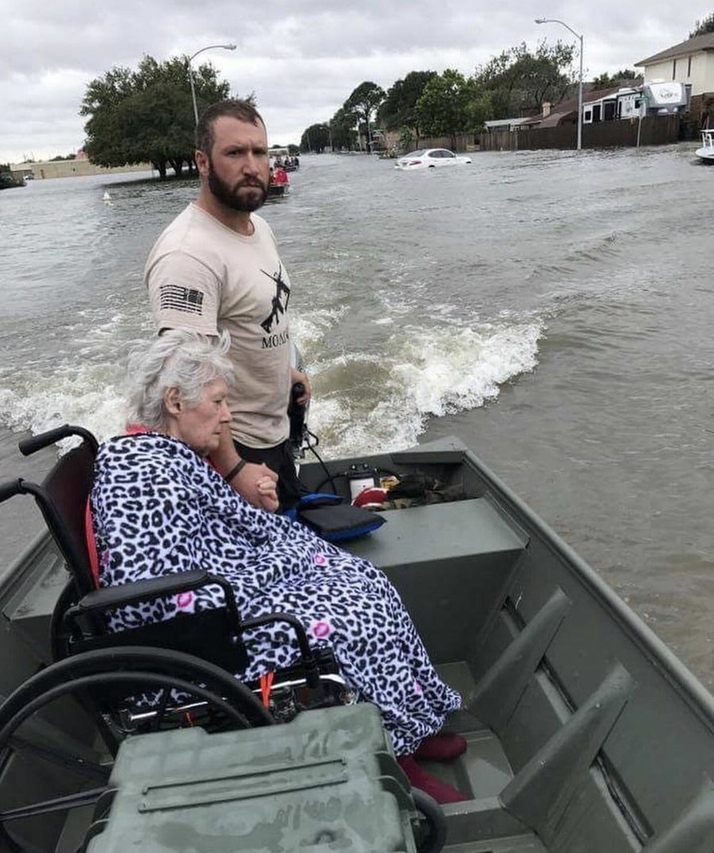 A picture worth a thousand words... #HurricaneHarvey